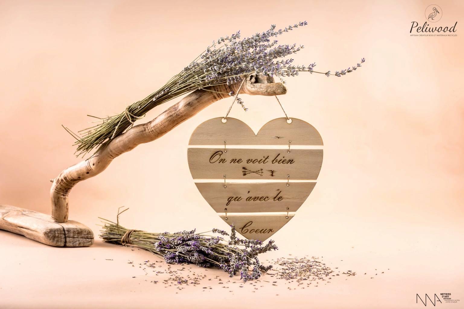 Coeur en bois peliwood